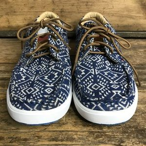 Shoes - Twisted X Women's Hooey Blue and White Lopers 7.5